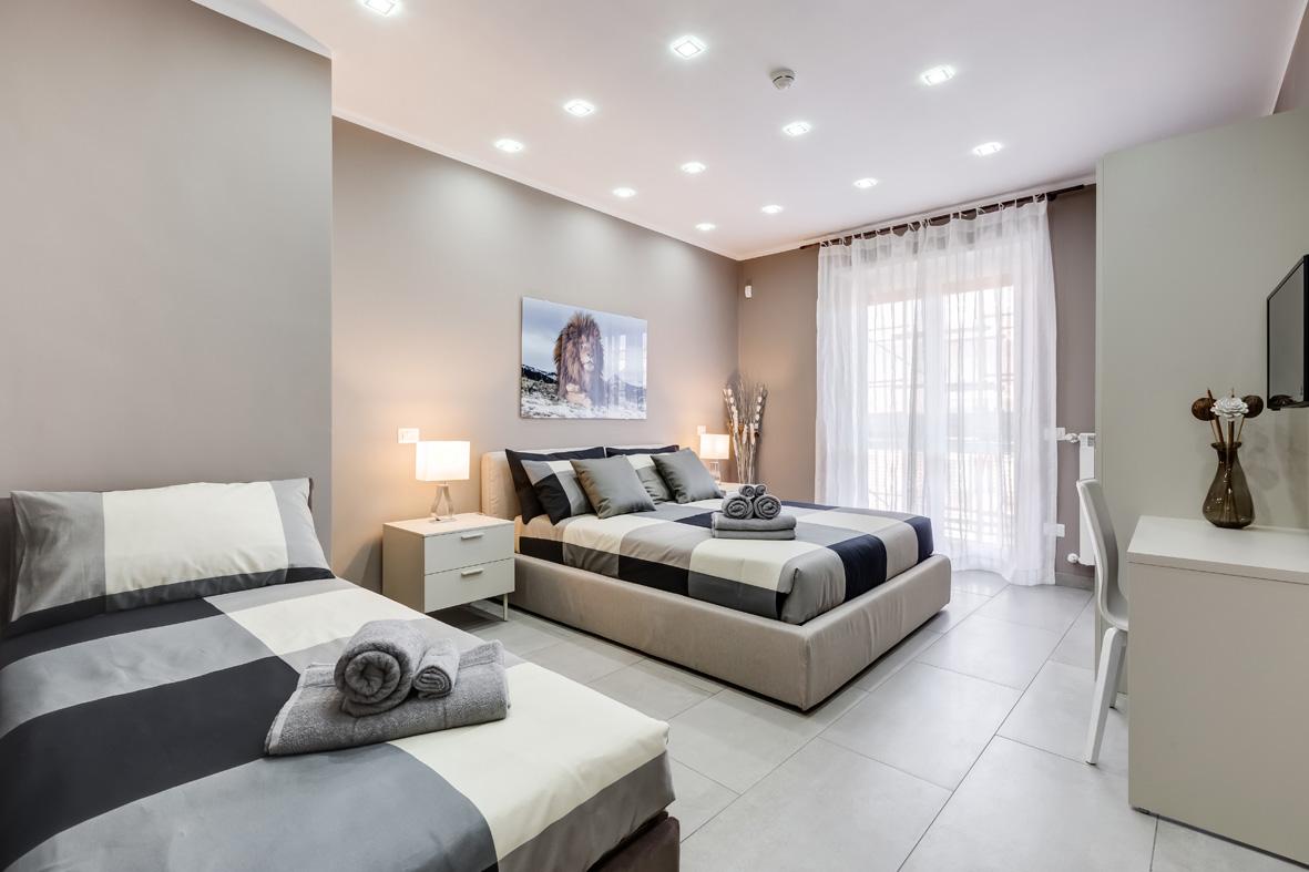 baldodegliubaldi50-camera-matrimoniale-con-letto-singolo - San ...